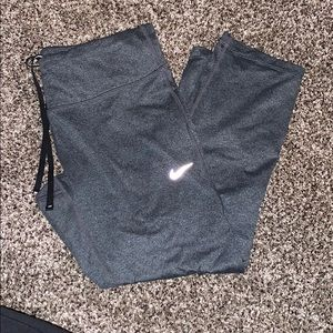 Nike Drifit Cropped leggings